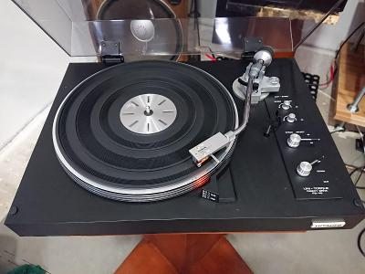 gramofon Hitachi PS 48