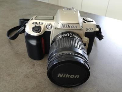 Fotoaparát Nikon F60