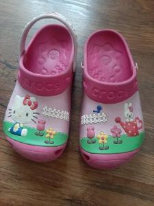 Pantofle CROCS velikost J2
