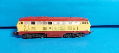 Dieselová lokomotiva BB 218 217-8