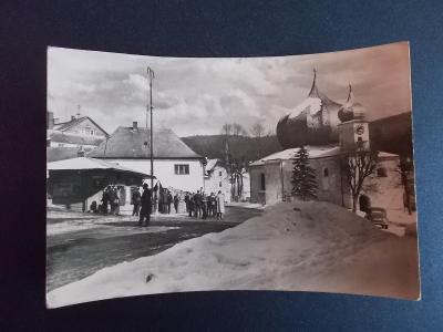 Šumava Klatovy Železná Ruda Barokní kostel živá lidé zima
