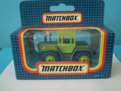 MATCHBOX -  27 TRACTOR  - MACAU - NEROZBALENÝ -