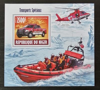 Niger 2013 Bl.231 10€ Záchranná vozidla, hasičská auta, lodě