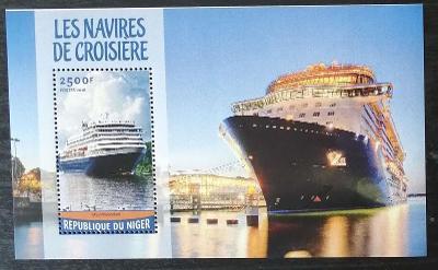 Niger 2016 Bl.541 10€ Výletní lodě, turistická plavidla