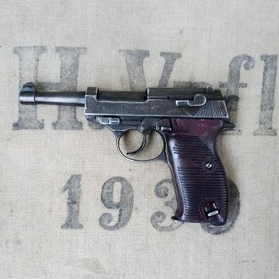 Pistole P38 - německá válečná legenda ss, wh,lw, DEKO Model