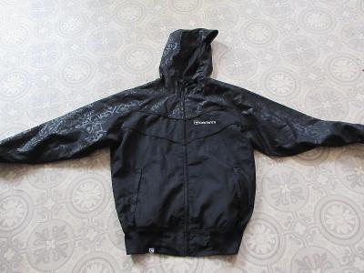 bunda černá slabá carbrini
