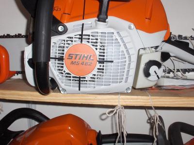 Silná STIHL     462c  STIHL  benzinová pila o výkonu   6km  GERMANY