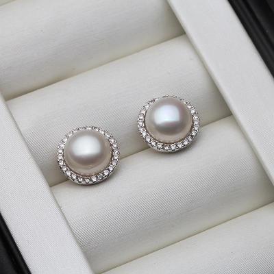 Ag 925 stříbrné náušnice  s říční perlou