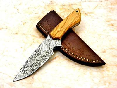 293/ Damaškový lovecky nůž. Rucni vyroba OLIVA