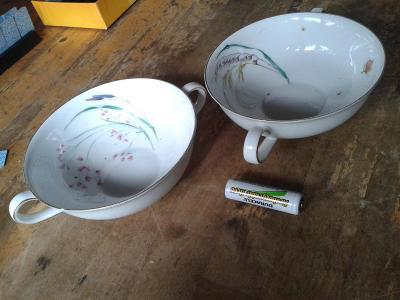 starý porcelán  -  šálky- viz foto /841