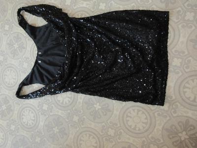 šaty černé flitrové
