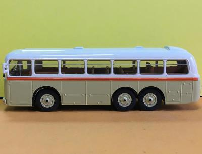 Autobus Tatra 500 HB - DeAgostini 1:72 (M11-20)