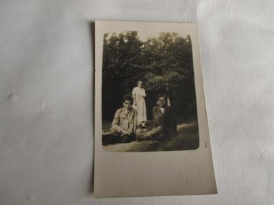 Starý pohled / portrét rodiny v patku 1928