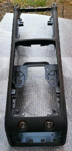 Audi Q7 originál nový kožený černý středový tunel
