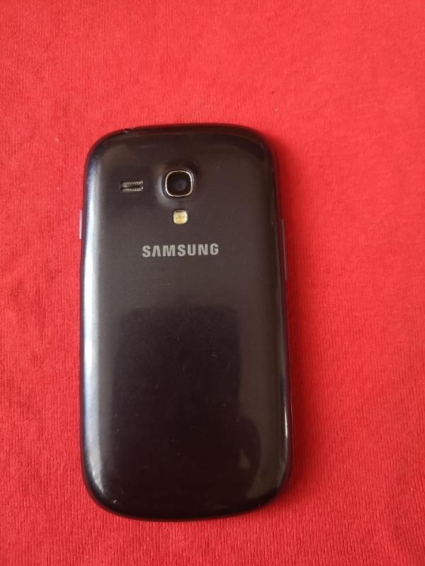 Samsung Galaxy S3 Mini - Mobilní telefony
