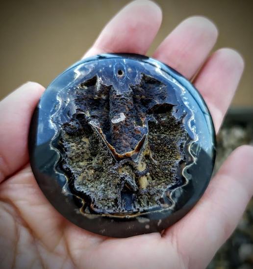 Simbircito-amonitová geoda, ID 975, průměr 50 mm - Minerály a zkameněliny
