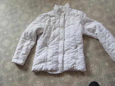 bunda  bílá  slabší