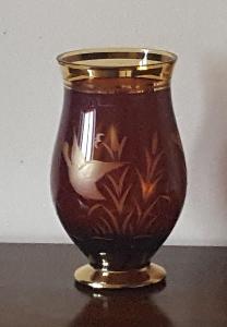 Nádherná stará váza s loveckým motivem, stav dobrý, V 21 cm