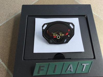 Snímač polohy klapky FIAT UNO Logo+znak
