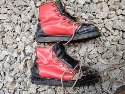 Retro lyžařské boty