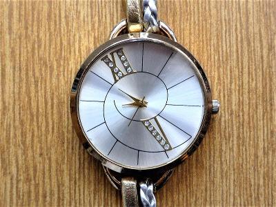 Náramkové hodinky quartz #475-50