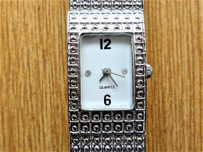 Náramkové hodinky quartz #479-50