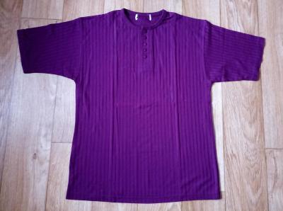 Unisex zánovní fialové triko s knoflíky, vel. L