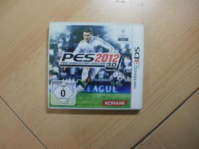 Hra na Nintendo 3DS + 2DS - Pro Evolution Soccer 2012 3D