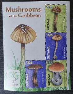 Guyana 2011 Mi.8228-4 10€ Houby a flora Karibiku, mykologie