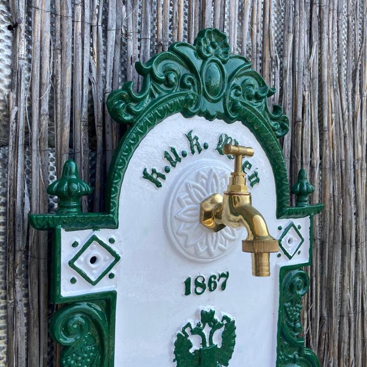 ZÁVĚSNÁ ZAHRADNÍ HLINÍKOVÁ VÝLEVKA K.U.K. WIEN 1867 - UMYVADLO - Zahrada