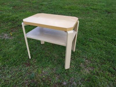 ART DECO krásný stolek