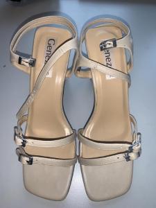 Béžové sandály na podpatku, Geneze vel. 38