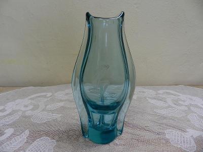 Zajímavá stará Autorská Váza Akt berylové sklo