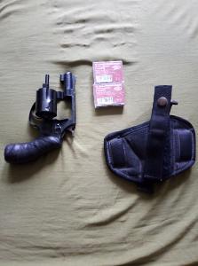 Plynový revolver Smith end Wesson Chiefs Special