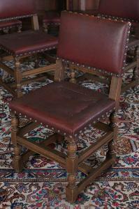 Neorenesanční židle čalouněné kůží