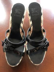 Burberry damske pantofle velikost 39