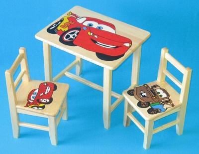 Dětský dřevěný stoleček, židličky a taburet