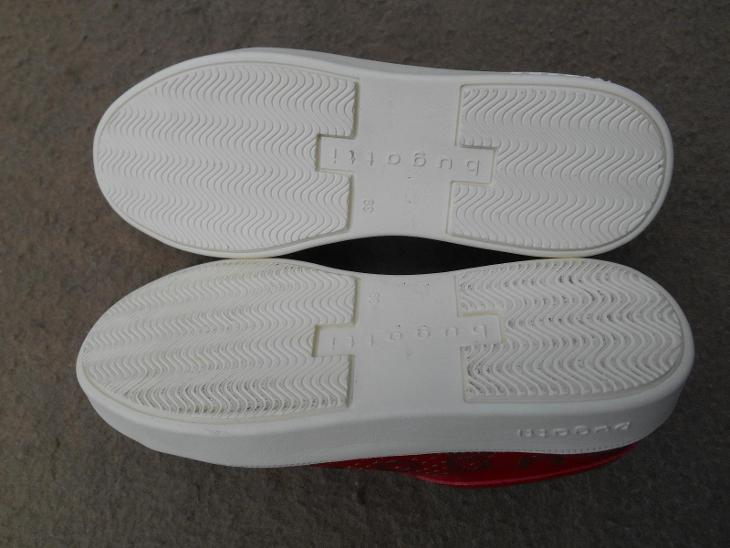 Nové dámské boty zn.: Bugatti - vel. 39 - Dámské boty