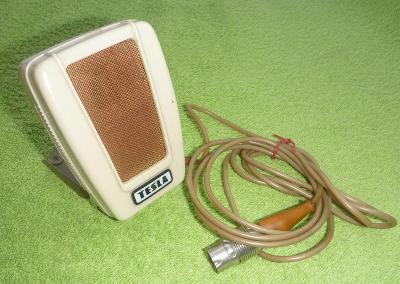 Starý mikrofon TESLA