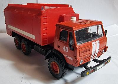Model KAMAZ-4310 hasiči KAZAŇ 1:43