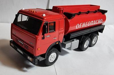 Model Kamaz-54115 hasiči 1:43