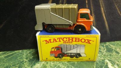 Matchbox Refuse Truck No - 7 včetně krabičky