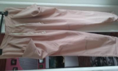 zajimave kalhoty 40