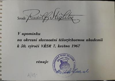 Retro komunistické foto album TJ Gottwaldov r. 1967 k 50. výročí VŘSR