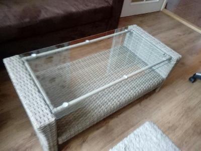 Ratanový konferenční  stolek