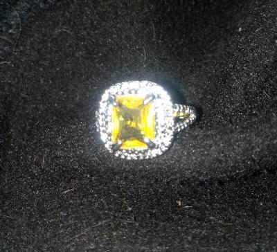 Prsten A11