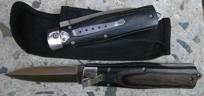 Vystřelovací nůž - 21/12 cm tvar čepele dýka