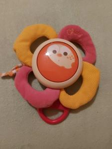 Chicco, hrací kytička na dětskou postýlku