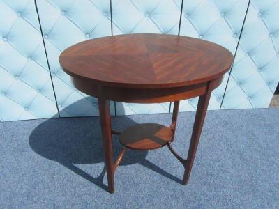 Art-deco zajímavý stolek