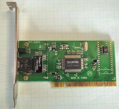 Síťová karta D-Link DFE-528TX 10/100Mbit/s PCI